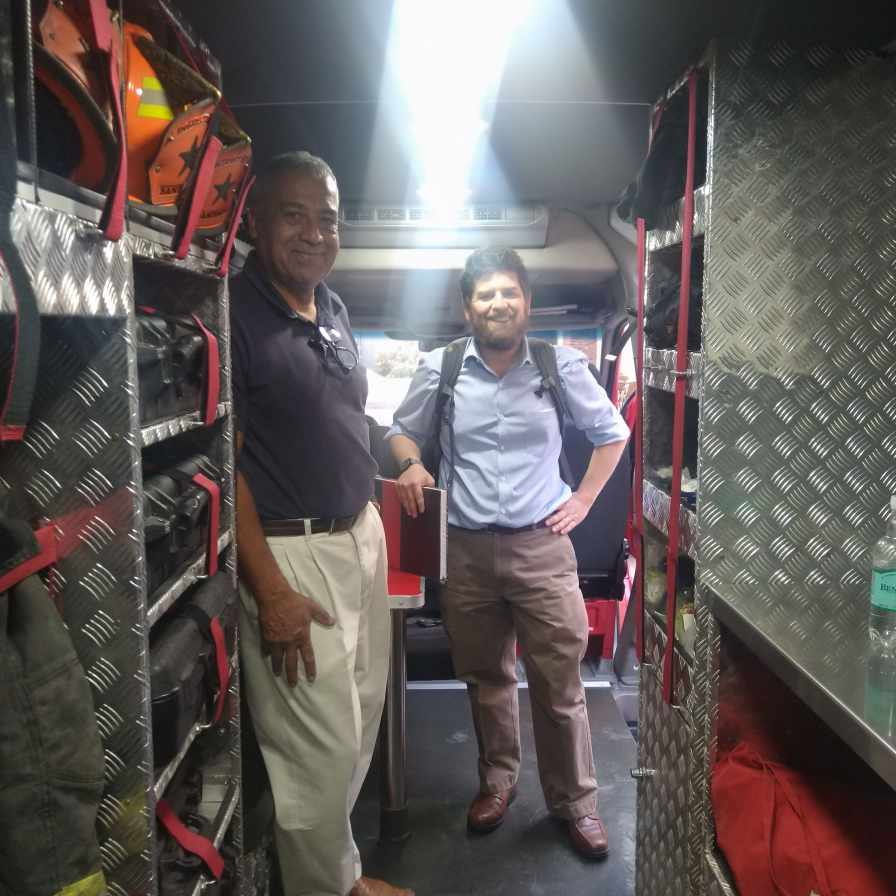Sergio Selman introducing me to the Fire Investigation team